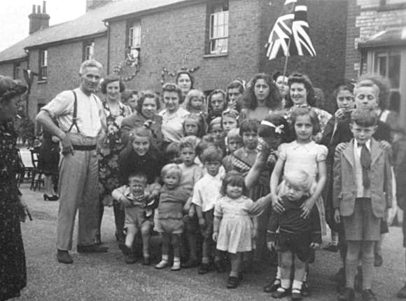 VE or VJ Day, Necton road, Wheathampstead